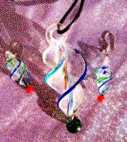 Collana e orecchini in vetro Vortex